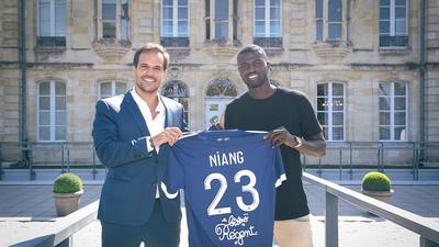 Mercato : Mbaye Niang à Bordeaux, c'est officiel