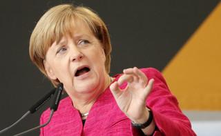 Niejasne podstawy prawne otwarcia granicy dla uchodźców. Komisja śledcza zbada decyzję Angeli Merkel?