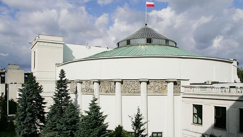 Kto wejdzie do Sejmu? Oto najnowsza przepowiednia