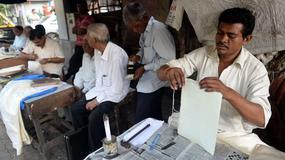 Zawodowi pisarze listów z Bombaju - ginący zawód