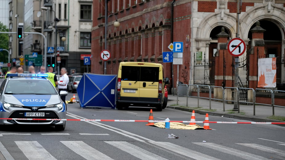 Katowice. Do śmiertelnego wypadku doszło w sobotę nad ranem. Zginęła 19-latka