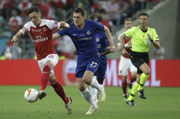 Detalj sa meča između Arsenala i Čelsija