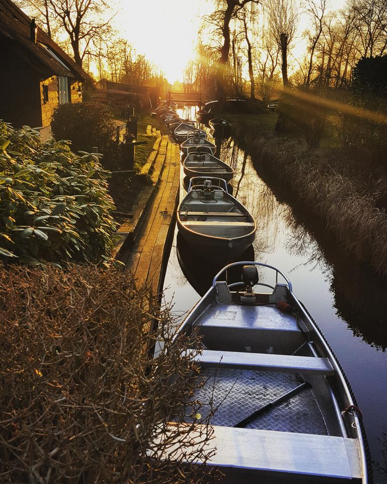 Giethoorn -  wieś w holenderskiej prowincji Overijssel.