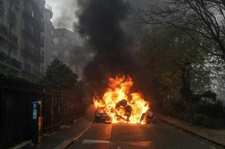 November 17 marked the start of nationwide road blockades against rising fuel prices, which have since ballooned into a mass movement against President Emmanuel Macron in general