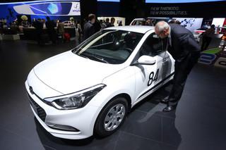 Tymi samochodami będzie można jeździć za 500 plus. Koszty wynajmu wybranych modeli