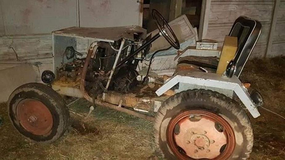 """""""Ciągnikiem"""" uderzył w betonowy mur"""