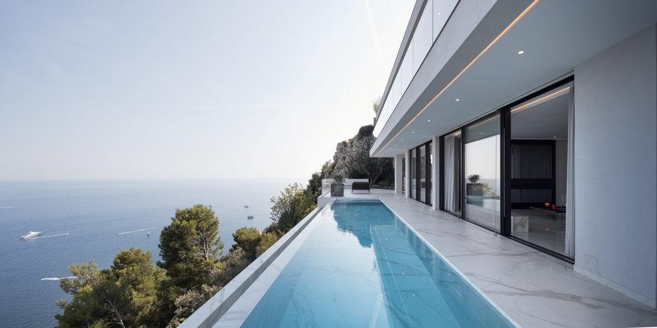 Dom z widokiem. Zbudowali go na Lazurowym Wybrzeżu
