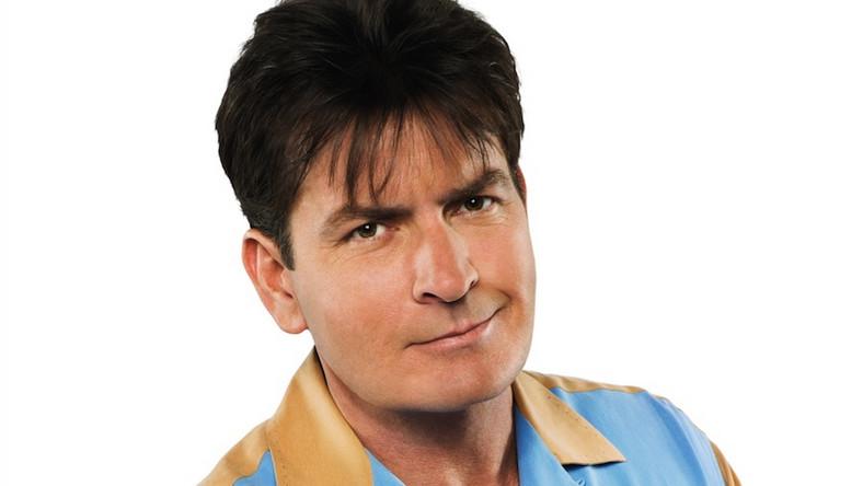 """Charlie Sheen w serialu """"Dwóch i pół"""""""