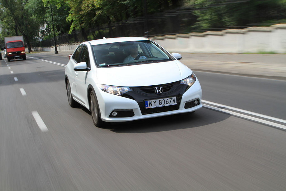 Nietuzinkowy hatchback - Test Hondy Civic 1.8