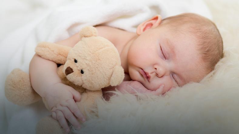 Ile powinno spać niemowlę?