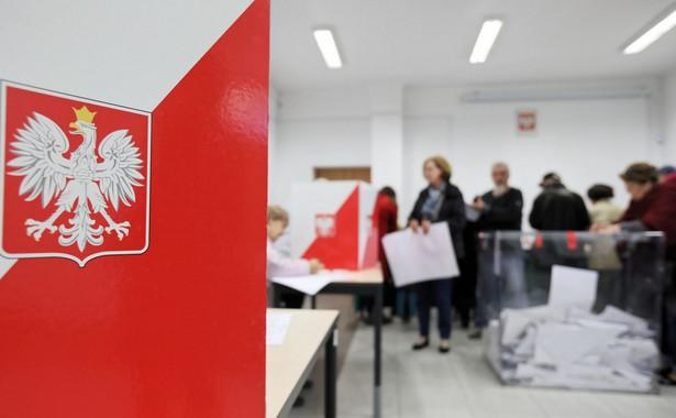 Najwięcej osób poszło zagłosować w pow. pajęczańskim - 65 proc., a najmniej w pow. kutnowskim – 51,08 proc.