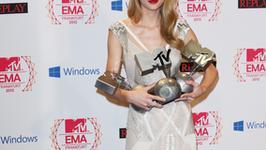 Taylor Swift i Justin Bieber tiumfatorami gali MTV EMA
