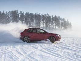 Audi RS Q3 – test na lodzie