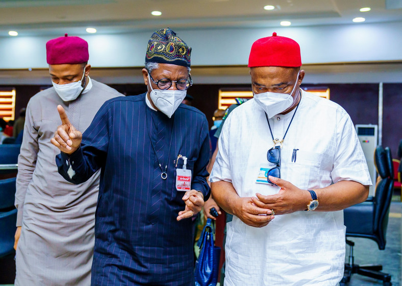 In the photo: Minister of Information and Culture, Alhaji Lai Mohammed; Governor Hope Uzodinma and the Minister of State for Education, Chukwuemeka Nwajiuba. [Twitter/@Hope_Uzodimma1]