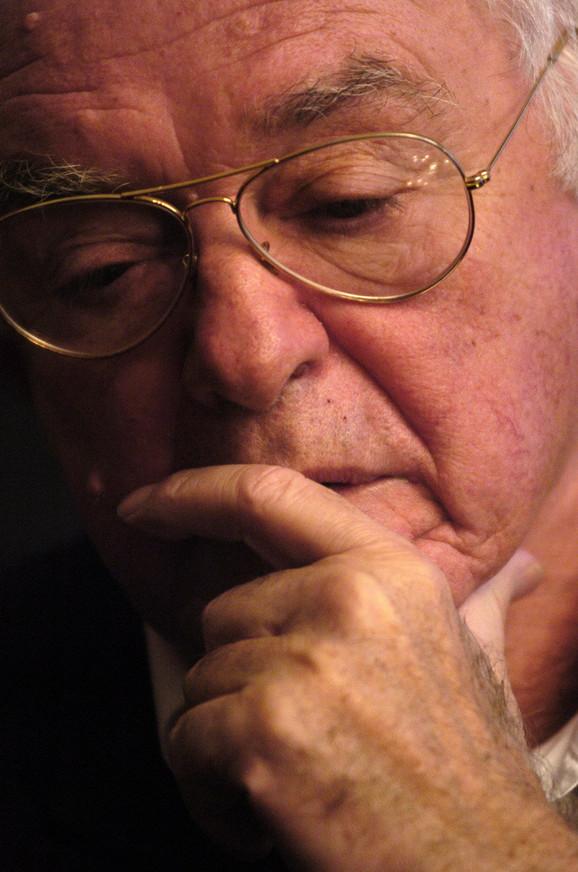 Autor je velikog broja dokumentarnih filmova i televizijskih emisija, a po njegovim scenarijima snimljeno je nekoliko dugometražnih filmova