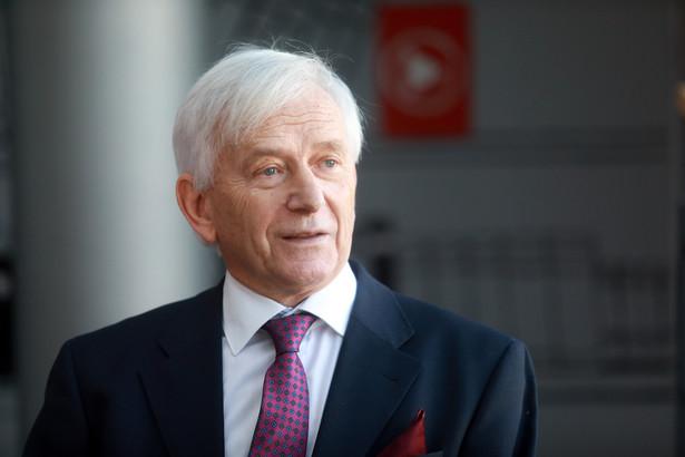 Bohdan Zdziennicki, sędzia Trybunału Konstytucyjnego w stanie spoczynku, prezes TK w latach 2008–2010, przez 20 lat orzekał jako sędzia Naczelnego Sądu Administracyjnego