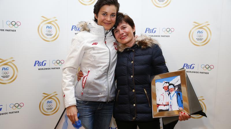 Katarzyna Bachleda-Curuś z mamą w P