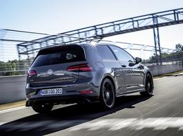 Volkswagen Golf TCR - kropka nad... GTI