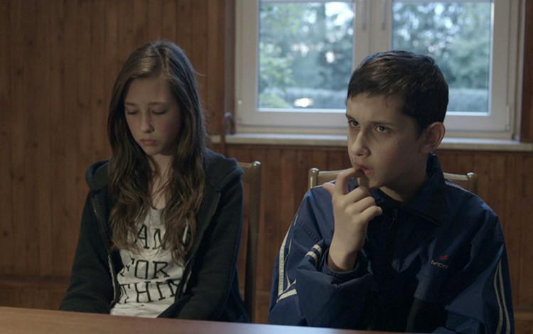 """Kadr z filmu """"Komunia"""""""