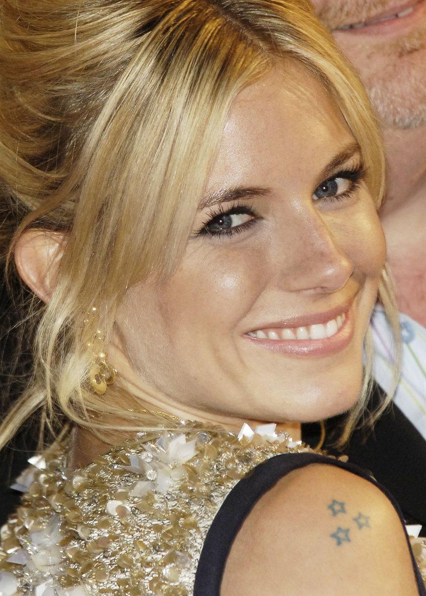 Sienna Miller tatuaż