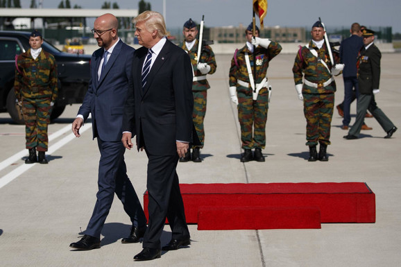 Tramp je u Brisel stigao juče