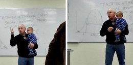 Dziecko studentki płacze na wykładzie. Co robi profesor?