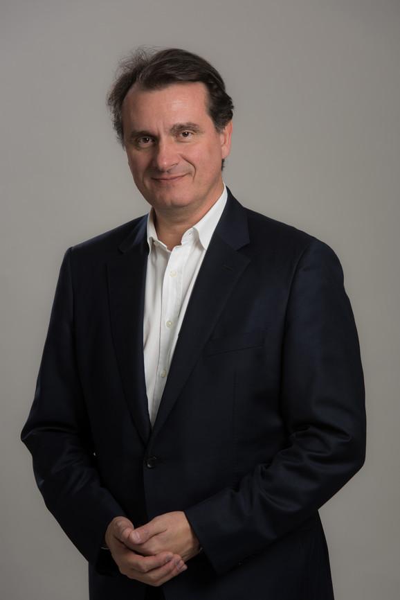 Frdric Abbal - izvršni potpredsednik usluga u kompaniji