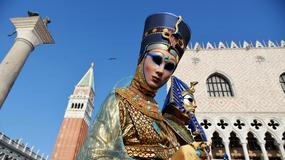 Podczas karnawału wejście na plac św. Marka w Wenecji tylko bez maski