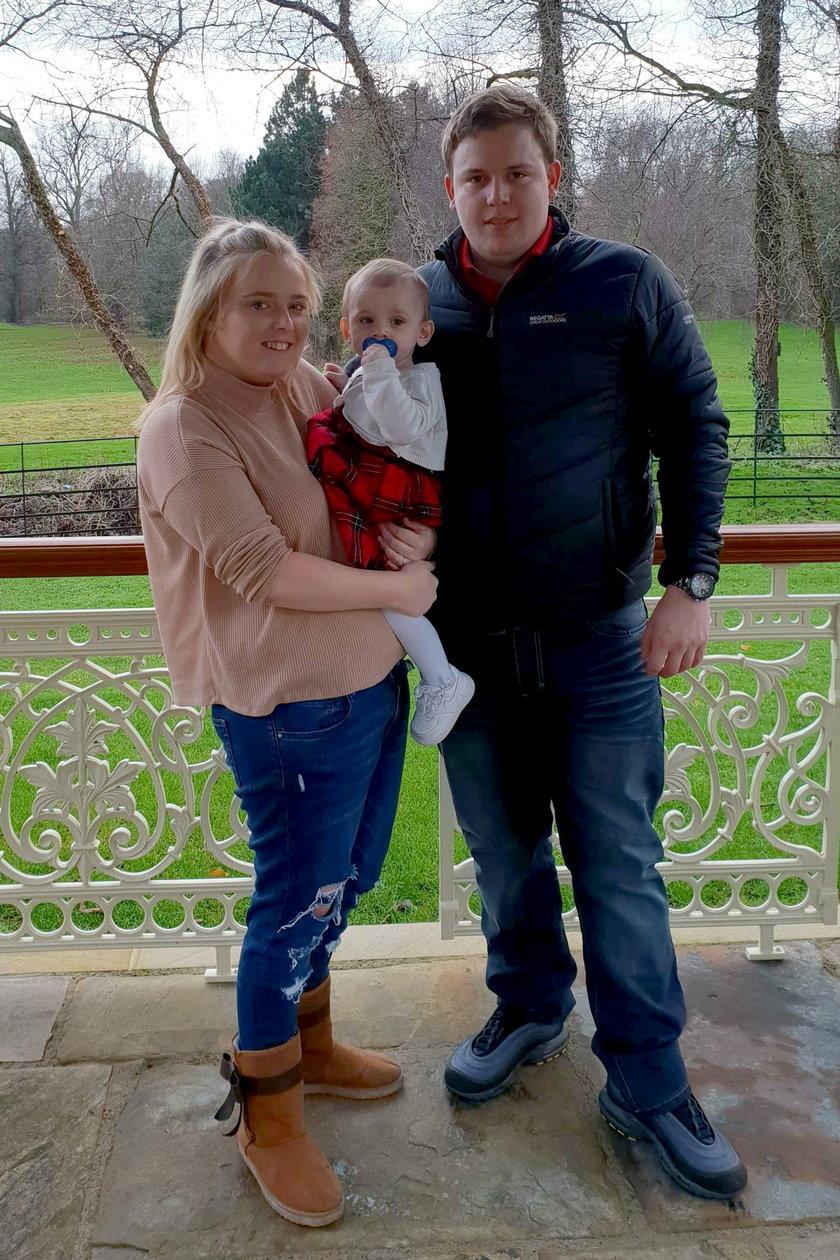 Anglia: Krewny pocałował ich córeczkę. Dziecko zachorowało na egzemę