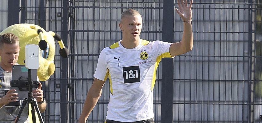 Piłkarz Borussi Dortmund ma dynamit w lewej nodze! Niewiarygodne, co zrobił na treningu [WIDEO]