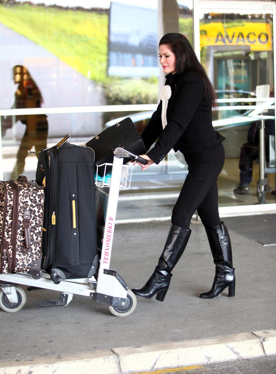 Mirjana Antonović na aerodromu