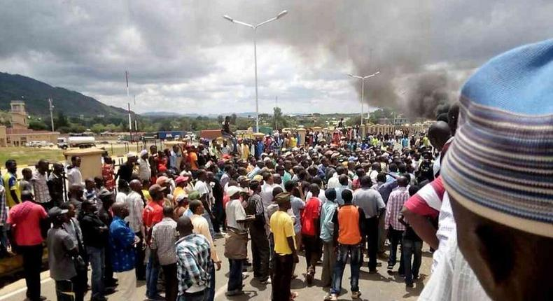 Kenyans during a demonstration at the Namanga border against the deportation of their counterparts from Tanzania, March 27, 2017.