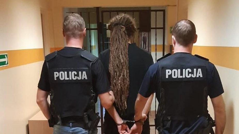 Zatrzymany za hodowlę marihuany mężczyzna
