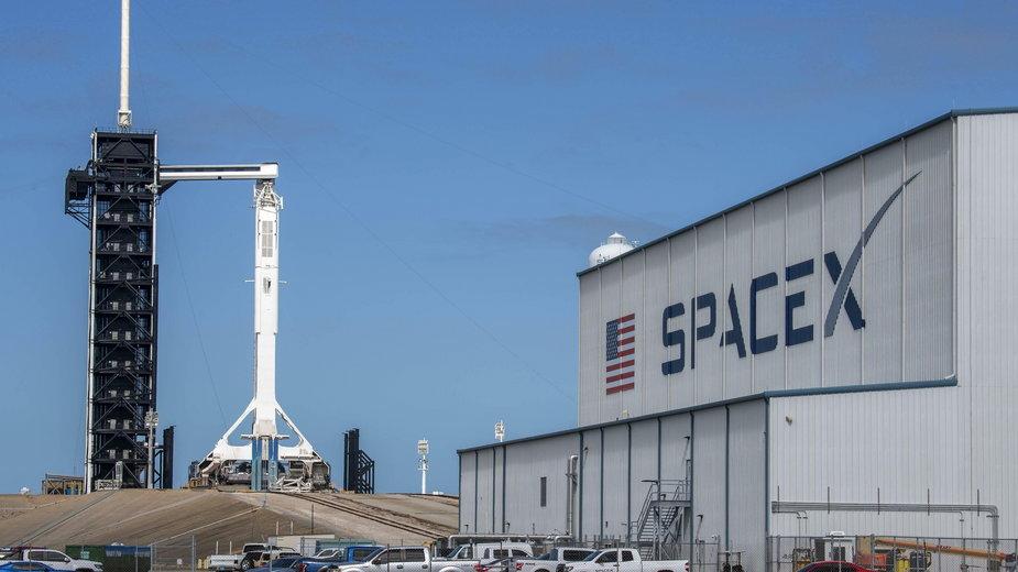 Kolejna załogowa misja SpaceX została opóźniona