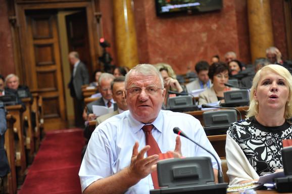 Lider radikala danas u Skupštini Srbije