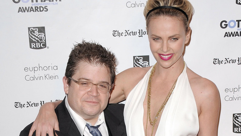 Charlize Theron i Patton Oswalt