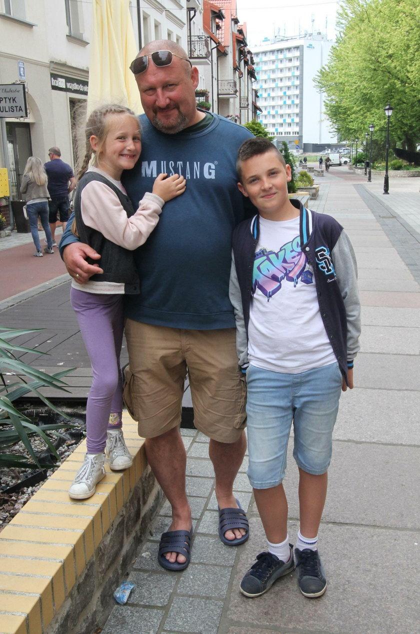Krzysztof Herbut z Wrocławia z dziećmi