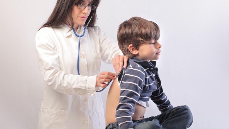 Pielęgniarka w szkole ma pilnować bilansu zdrowia dziecka