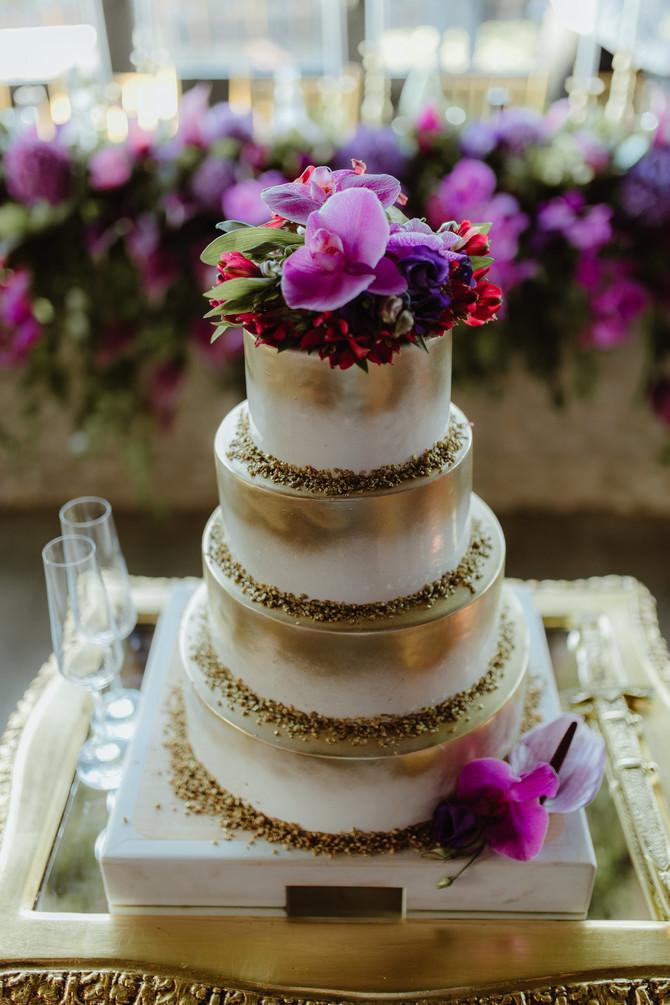 I svadbena torta je bila glamurozna