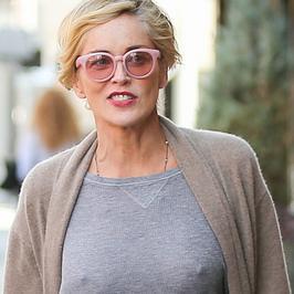 Jak wygląda Sharon Stone bez biustonosza?