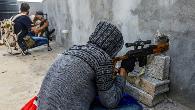 Both sides accuse each other of targeting civilians in the battle for Tripoli