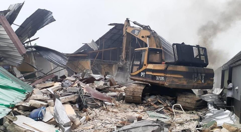 'This is wickedness', Nigerians react as Wike demolishes 2 hotels for violating lockdown order
