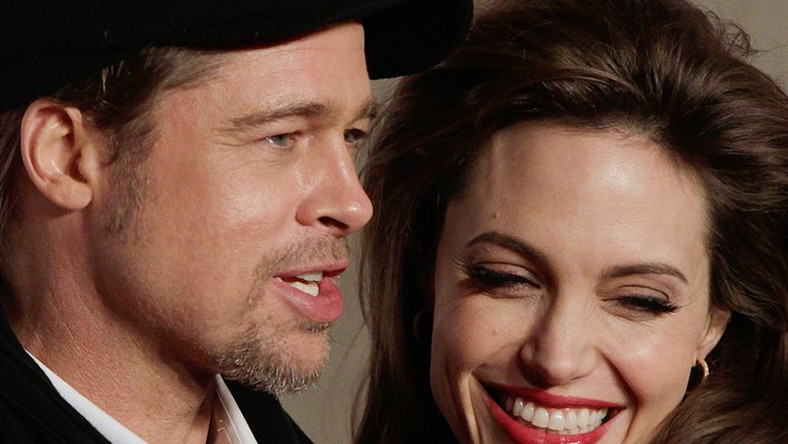 Menadżerka Brada Pitta, Cynthia Pett-Dante, potwierdziła wiadomość o zaręczynach pieknej pary. Na zdjęciu Jolie i Pitt w 2010 roku