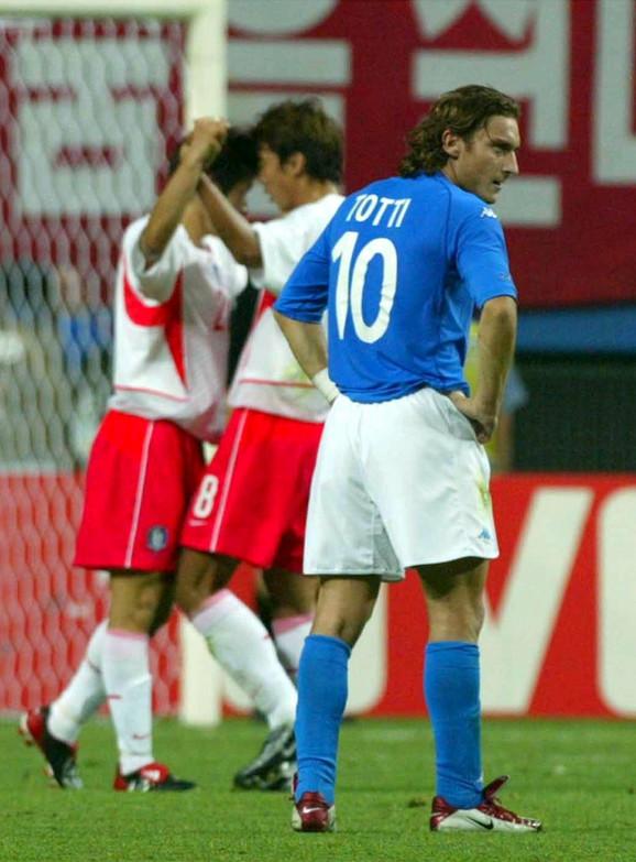Detalj sa meča Italija - Južna Koreja iz 2002. godine