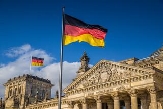 O losach koalicji w Niemczech współdecyduje... pies? Prowokacja niemieckiej gazety