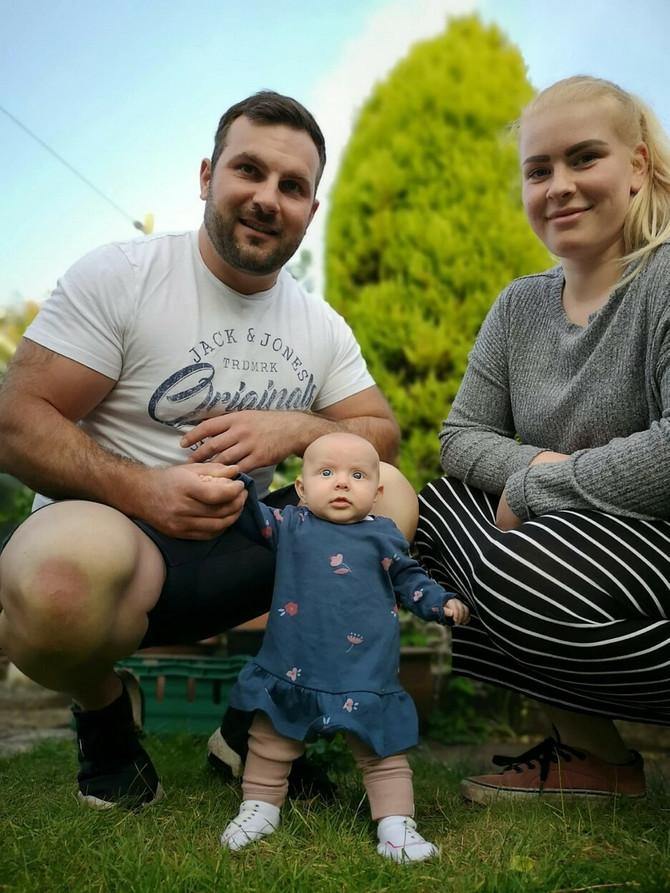 Tezra, Emili i Lula