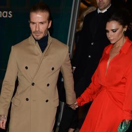 David Beckham z żoną na romantycznej kolacji. Pięknie razem wyglądają