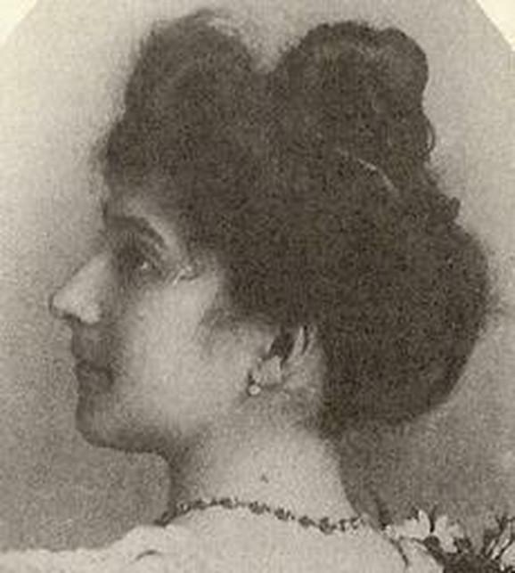 Žan Kalmen sa 20 godina (1895. godine)