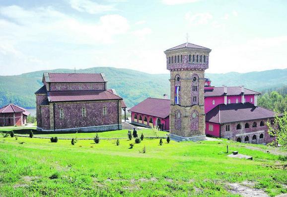 Obnovljeni manastir Rujan
