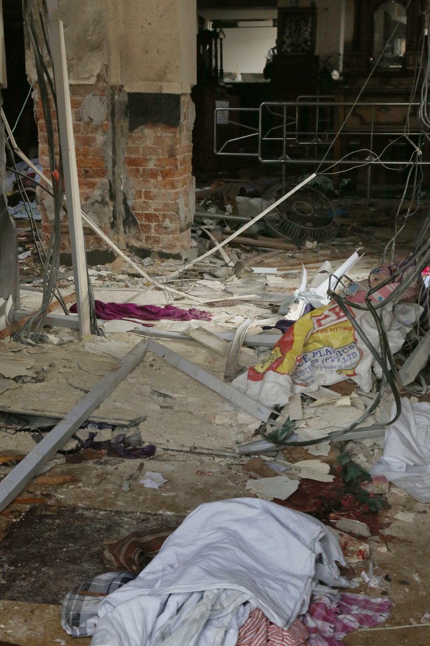 Multiple blasts in Sri Lanka on Easter Sunday